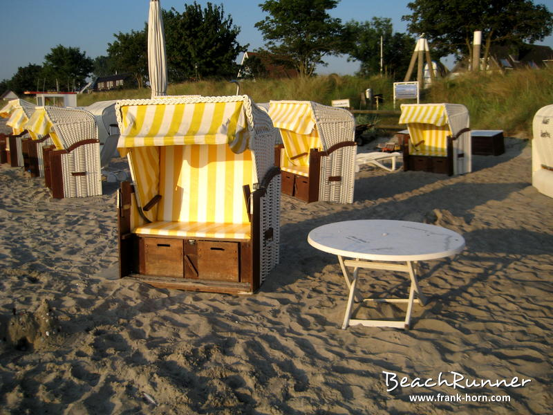 tisch und stuhl strandk rbe l becker bucht software. Black Bedroom Furniture Sets. Home Design Ideas